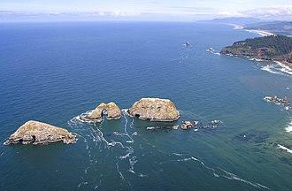 Three Arch Rocks National Wildlife Refuge - Image: Three Arch Rocks National Wildlife Refuge Oregon