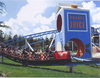 Tom & Jerry (roller coaster) - Image: Tom y Jerry Parque Warner Madrid
