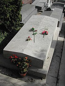 Tomba di Amedeo Modigliani.jpg