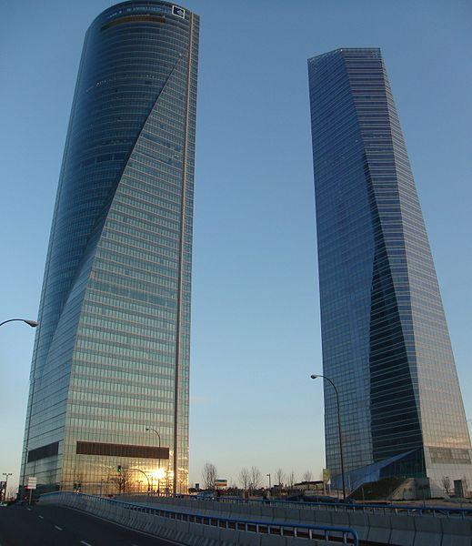 File:Torre de Cristal y Torre Espacio - panoramio.jpg