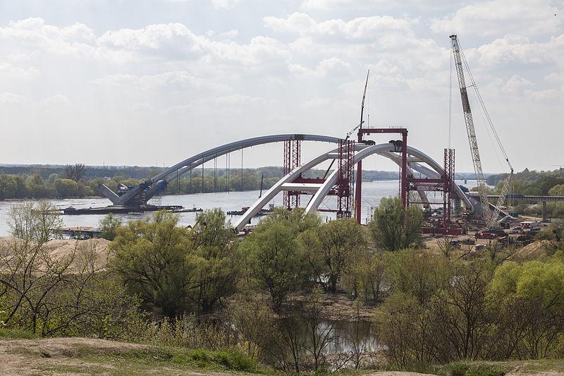 Torun budowa mostu Zawackiej 5-5-2013.jpg