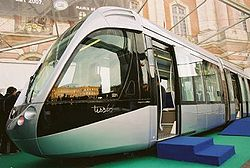 250px-Toulouse_Citadis_tramway_model_%28scale_1%29_02.jpg