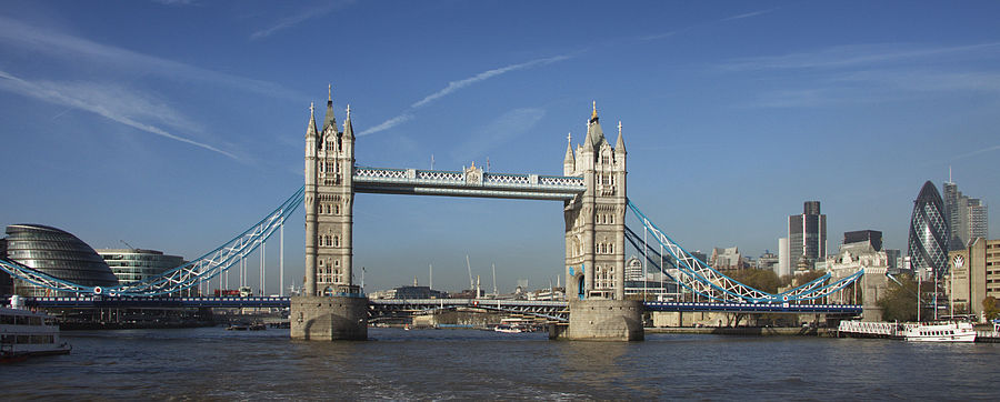 Tower Bridge 5906.jpg