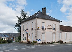 Town hall of Sussac (2).jpg