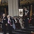 Troonswisseling 30 april inhuldiging in Nieuwe Kerk achtergrond Koninklijke , Bestanddeelnr 253-8328.jpg