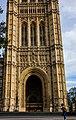 UK - London (30794699435).jpg