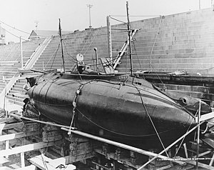 USS Grampus in dry dock at Mare Island, 1906