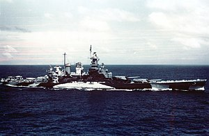 USS North Carolina (BB-55) underway in the Gilbert islands, November 1943.jpg