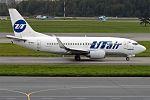 UTair, VP-BXO, Boeing 737-524 (29037818464).jpg