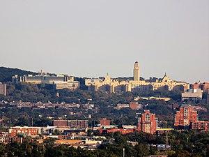 Université de Montréal ( École polytechnique de Montréal et Pavillon Roger-Gaudry)