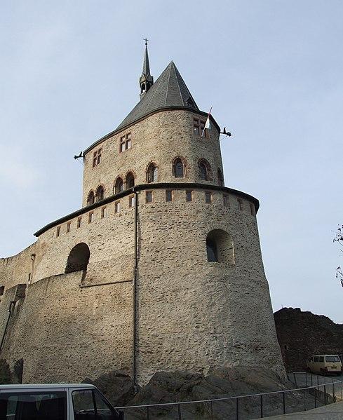 File:Vianden Castle - 13.jpg