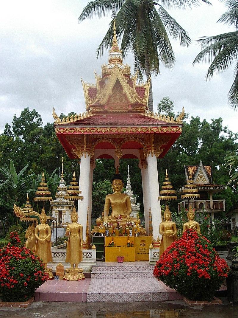 Vientiane Budda.jpg