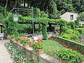 Villa san michele, giardino est 04.JPG