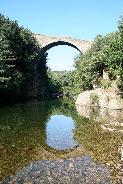 Villemagne-l'Argentière (Hérault) - Pont du Diable sur la Mare.