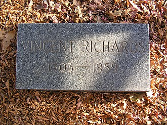 Vincent Richards - The grave of Vincent Richards in Woodlawn Cemetery