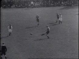 Bestand:Voetbalwedstrijd Feyenoord - Ajax Weeknummer, 43-42 - Open Beelden - 72847.ogv