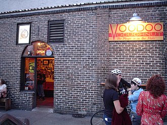 Voodoo Doughnut - The former exterior of the flagship location in Portland