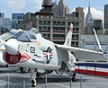 Vought F-8 Crusader 2.JPG