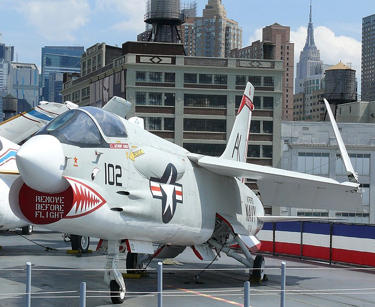 File:Vought F-8 Crusader 2.JPG