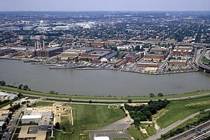 Washington Navy Yard - Aerial view of Washington Navy Yard, 1985