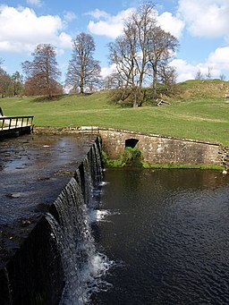 Waterfall, Studley Park - geograph.org.uk - 1262352