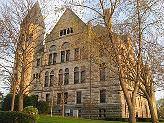 Wayne County, Indiana - Image: Wayne County Courthouse in Richmond, front