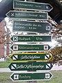 Wegweiser in Bad Frankenhausen (Barbarossa-Hoehle 4,6 km).jpg