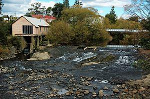 Deloraine, Tasmania - Image: Weir Deloraine 20070422 031