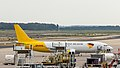 West Atlantic - partly in DHL aircraft livery - Boeing 737-400 - G-JMCR - Cologne Bonn Airport-5043.jpg