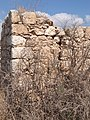 West of Dhikrin, ruined house.jpg