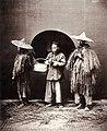Wet weather, Shanghai, circa 1864 (Vintage.es).jpg