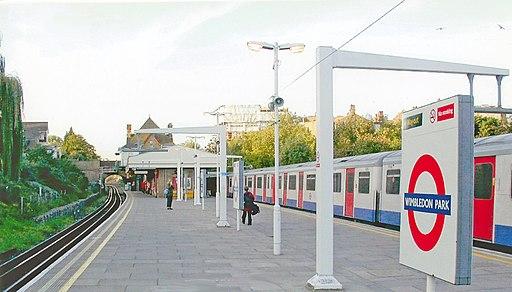 Wimbledon Park Station geograph-4073500-by-Ben-Brooksbank