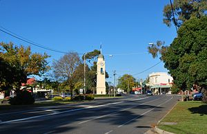 Woodend, Victoria - Woodend's Main Street