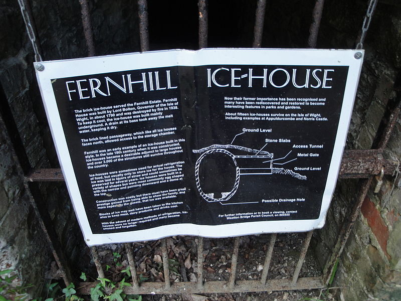 File:Wootton Fernhill icehouse notice.JPG