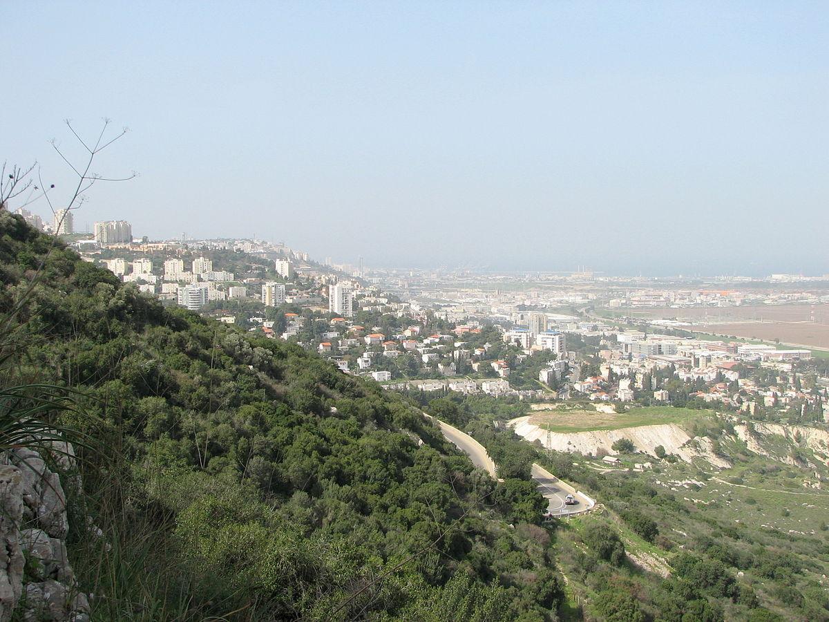 """Résultat de recherche d'images pour """"photos de la ville de Nesher (Israël)"""""""
