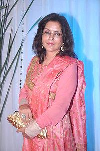 Zeenat Aman at Esha Deol's wedding reception 12.jpg