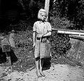 """""""Cajna"""" (košara) za češnje obirat, Dolenja vas, pri Černivci 1949.jpg"""