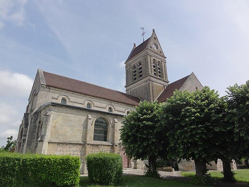 Église Notre-Dame de Vic-sur-Aisne, vue latérale