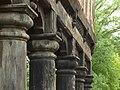Żuławki, mennonitský dům, dřevěné sloupy.JPG