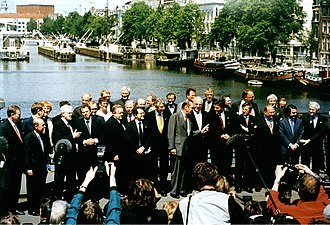 Treaty of Amsterdam - European leaders in Amsterdam, 1997