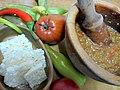 Биено сирење и толчени пиперки.jpg