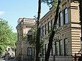 Здание, где в школе учился первый герой Советского Союза А.В. Ляпидевский Ейск.jpg