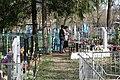Кладбище села Солдатское на Пасху 2014 16.JPG