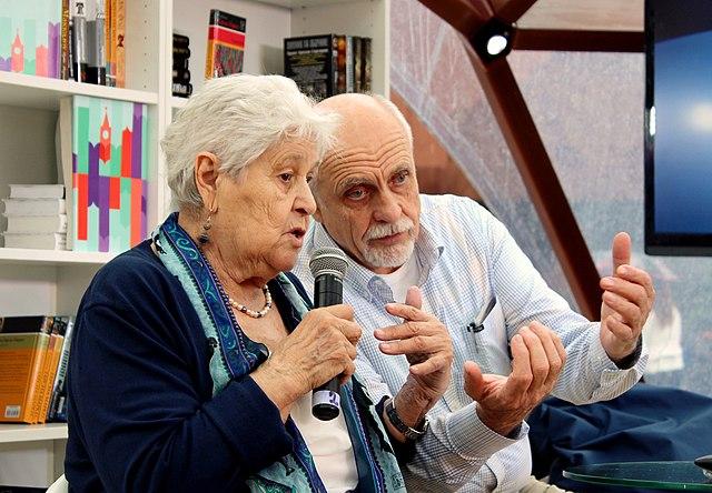 Ю.Б. Гиппенрейтер с мужем профессором А.Н. Рудаковым. 2015 год.