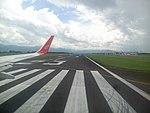 德宏芒市机场跑道02.jpg