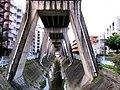 東山線 高架脚(本郷駅付近) - panoramio.jpg