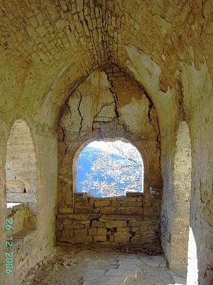 Broto - Interior of the exconjuratory in Asin de Broto