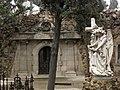 047 Panteó de Josep Roura i Serra i àngel.jpg