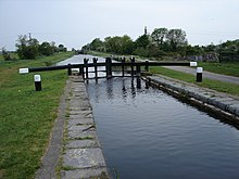 10th Lock Looking Westwards - geograph.org.uk - 813508.jpg