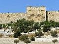 11-3000-002 -חומות העיר העתיקה - לריסה סקלאר גילר.jpg